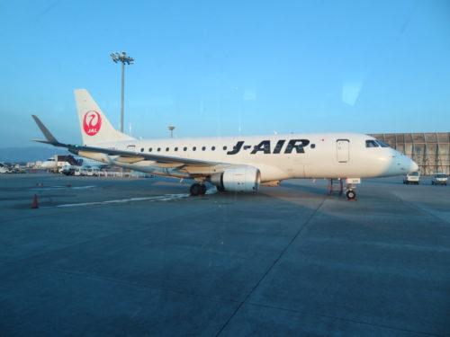 伊丹空港にてJ-AIR